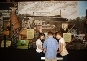 Children learning at Hobbs State Park Visitors Center